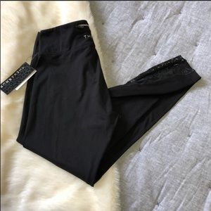Jessica Simpson Pants - NWT Jessica Simpson the warmup legging sz.L